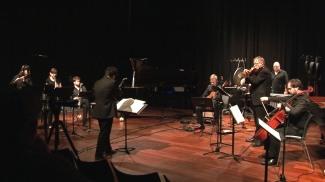 Karin De Fleyt, flute / Lena Lamela, clarinet / Wouter Aerts, bass clarinet / Paulo de Assis, conductor / Nico Couck, guitar / Marc Tooten, viola / Stijn Saveniers, cello